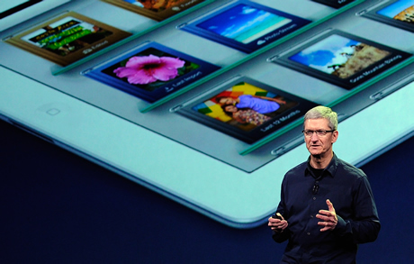 Tim Cook with iPad